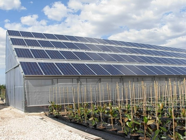 Realizzazione di una serra fotovoltaica monofalda da 84,64 kWp